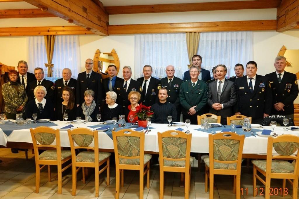 Srečanje svojcev padlih policistov v vojni za Slovenijo