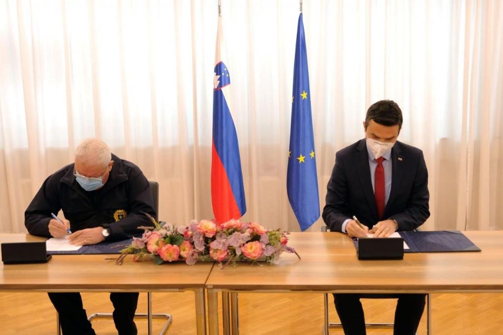 Podpis pogodbe o sofinanciranju dejavnosti ZPVDS v javnem interesu za leto 2021